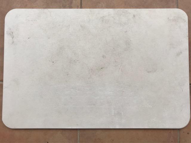 メンテナンス前の珪藻土バスマット写真